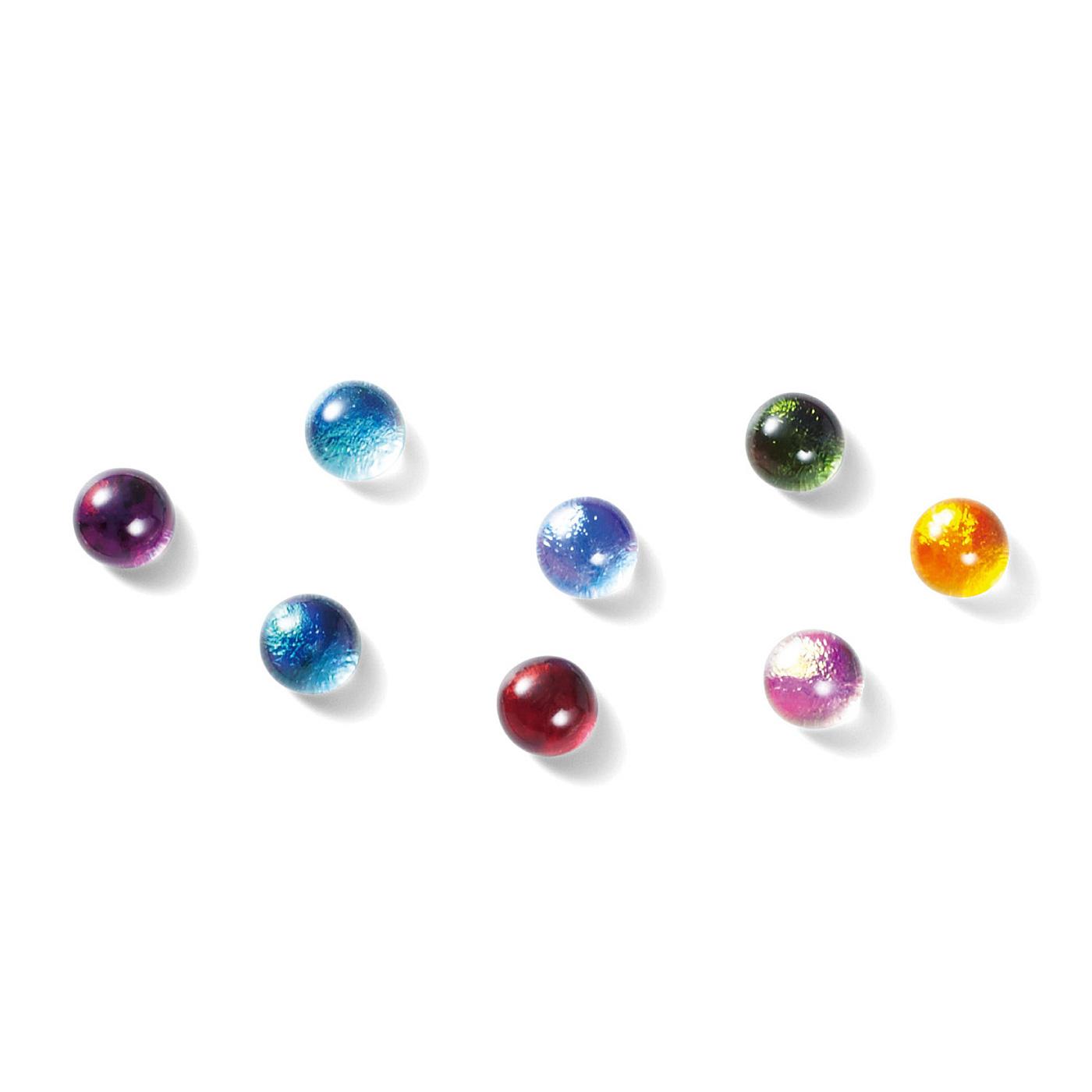 虹色のダイクロガラスを色ガラスと重ねて焼成。