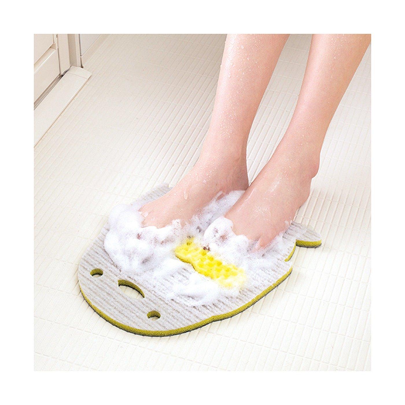特殊繊維ですべすべに 足裏すっきり泡立ちマット