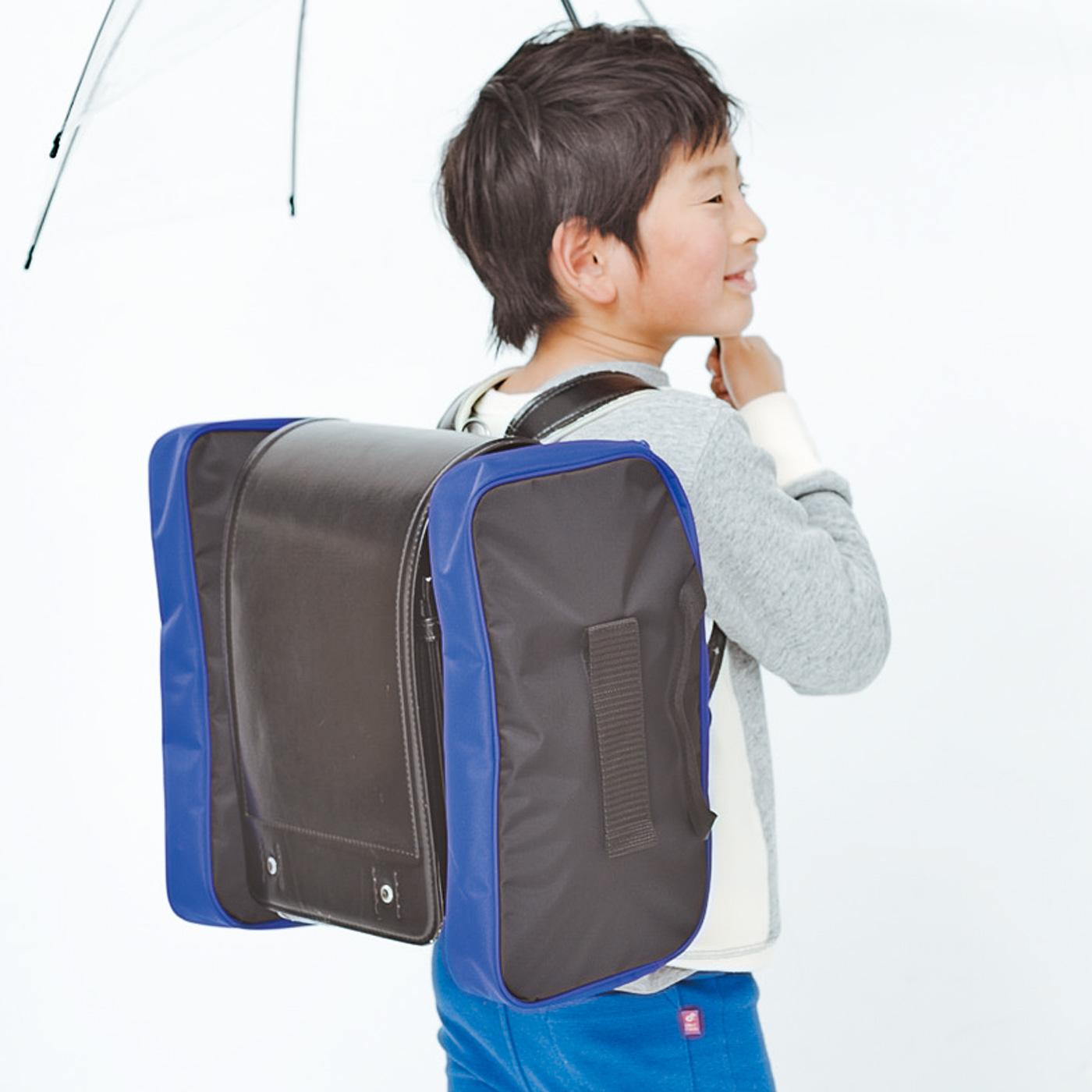 フェリシモ 丈夫なナイロン素材の移動式スクールバッグ〈ボーイズ〉