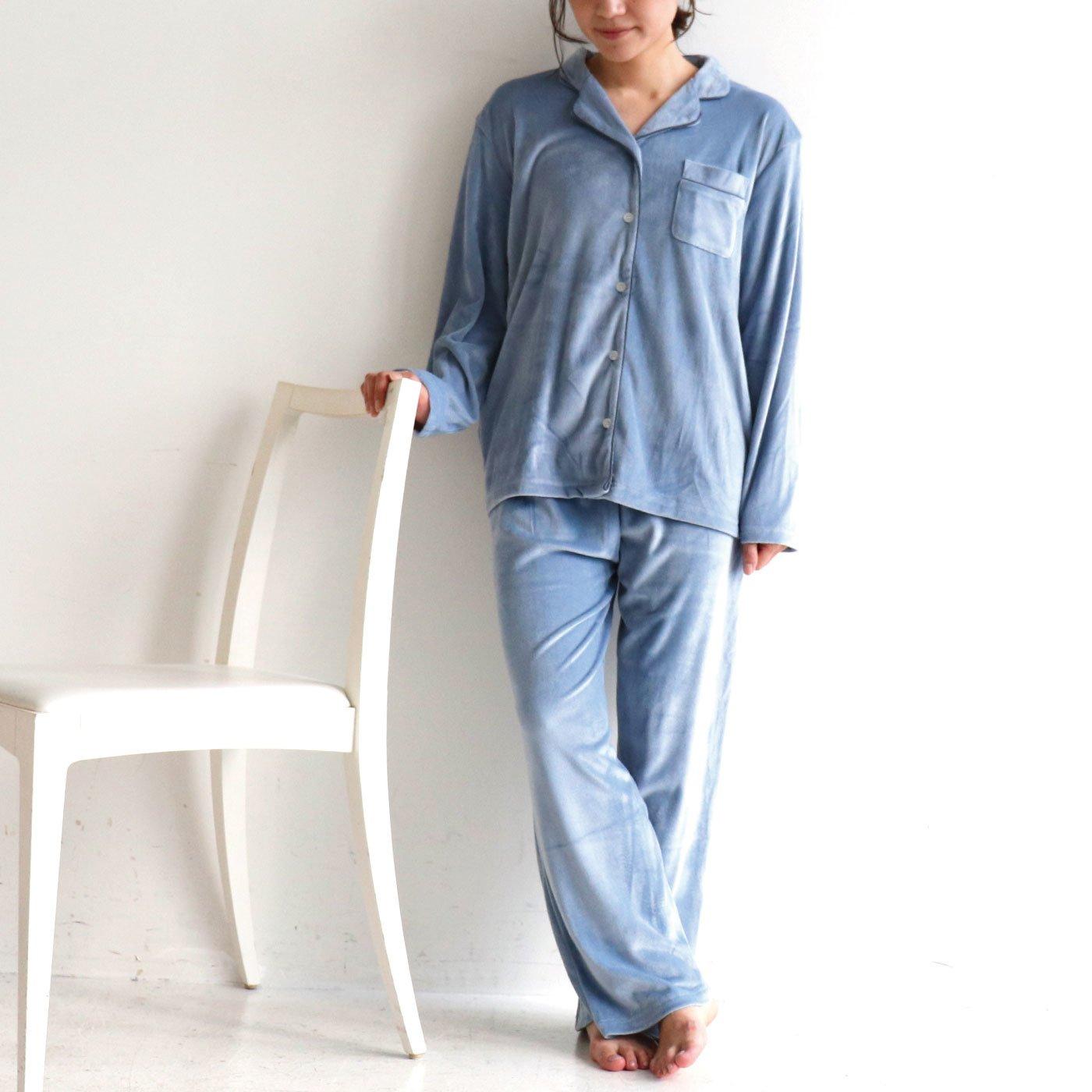 ホテル気分でくつろげる ベロア 開襟パジャマ