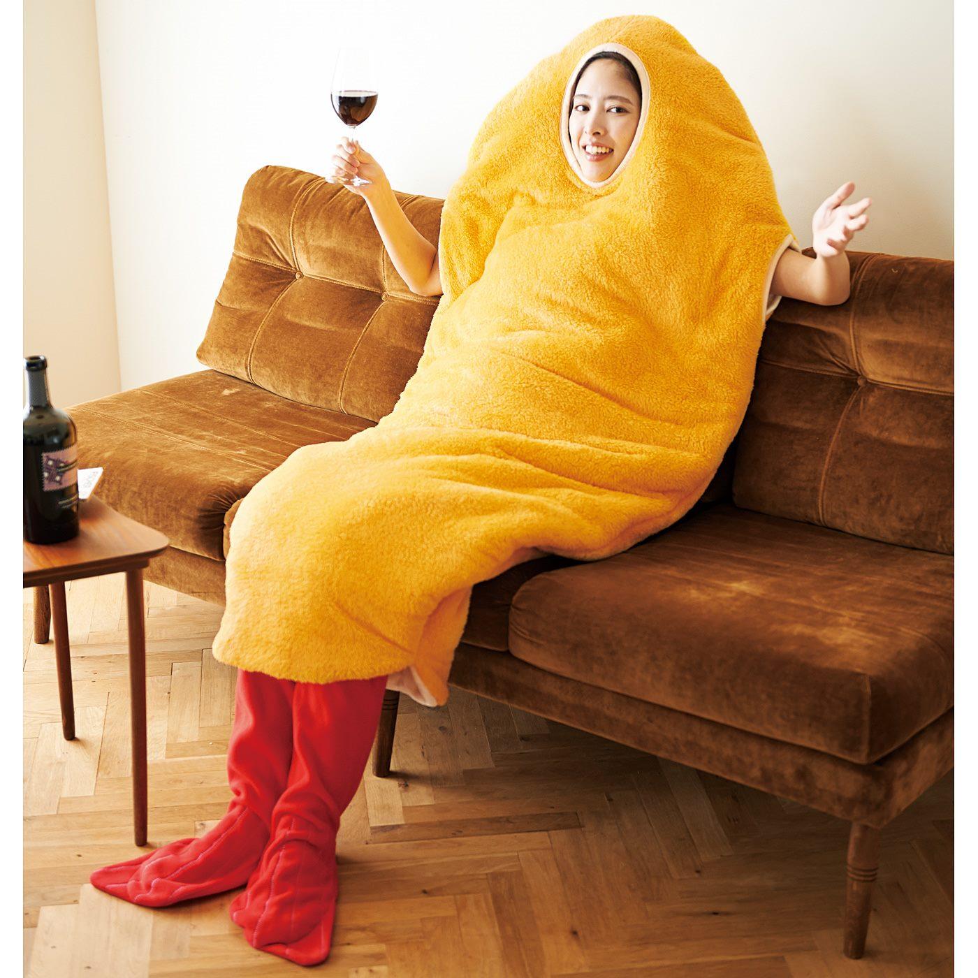 エビフライ姿で楽しむワインは格別!頭をすっぽり出して着ることもできます。