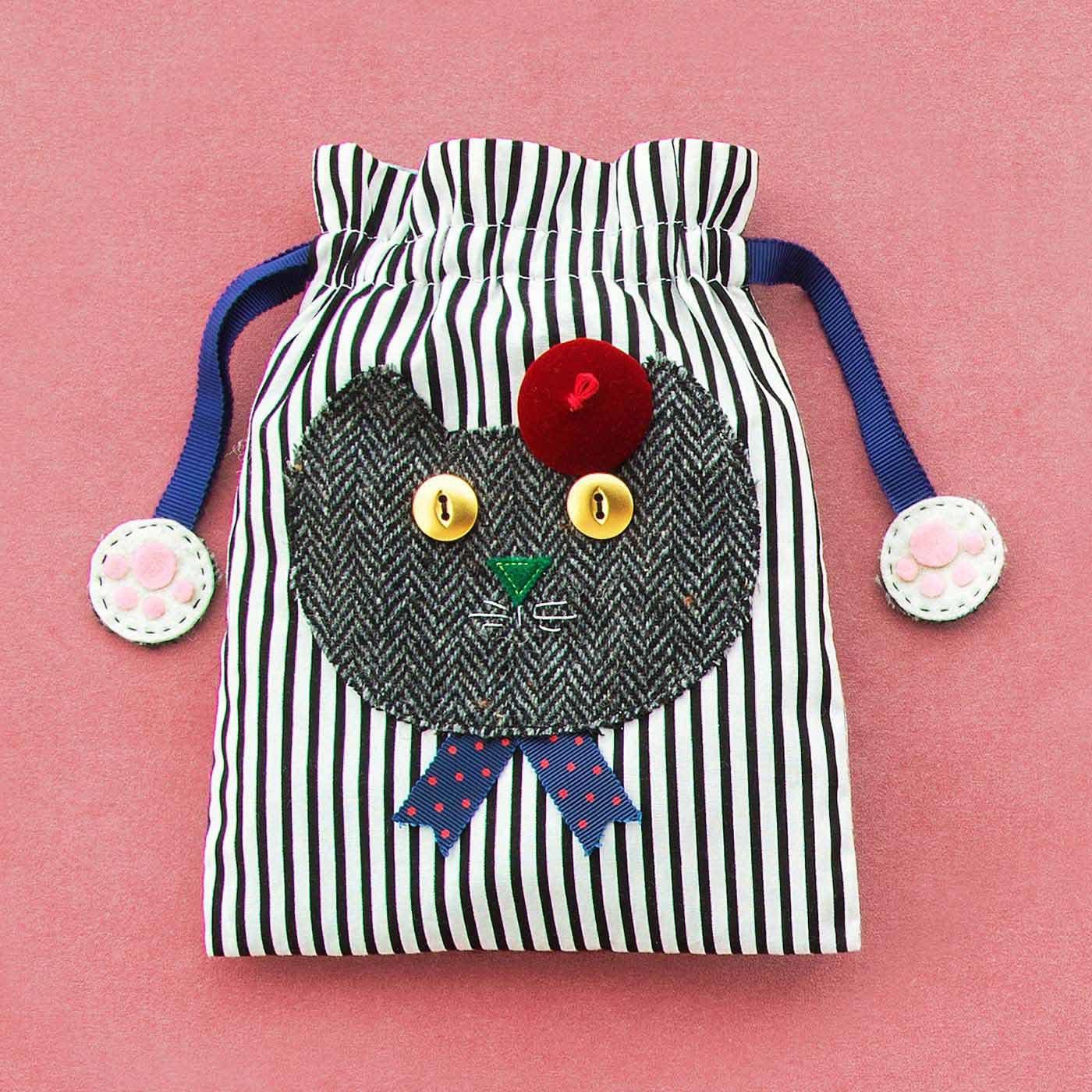 いつも一緒にいたいニャ 自分で作ってみたいポップな猫ちゃんの布小物