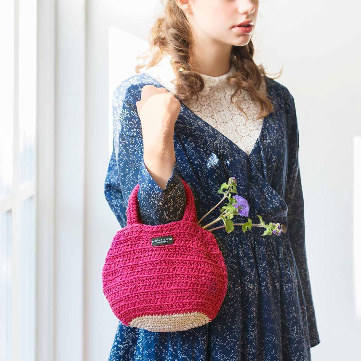 太いコットン糸でざっくり編む お散歩かぎ針ミニバッグ