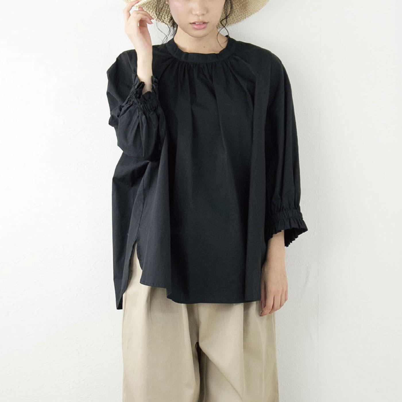 オーバークローズ ギャザー感も袖丈も文句ナシ ふうわりバルーン袖ブラウス