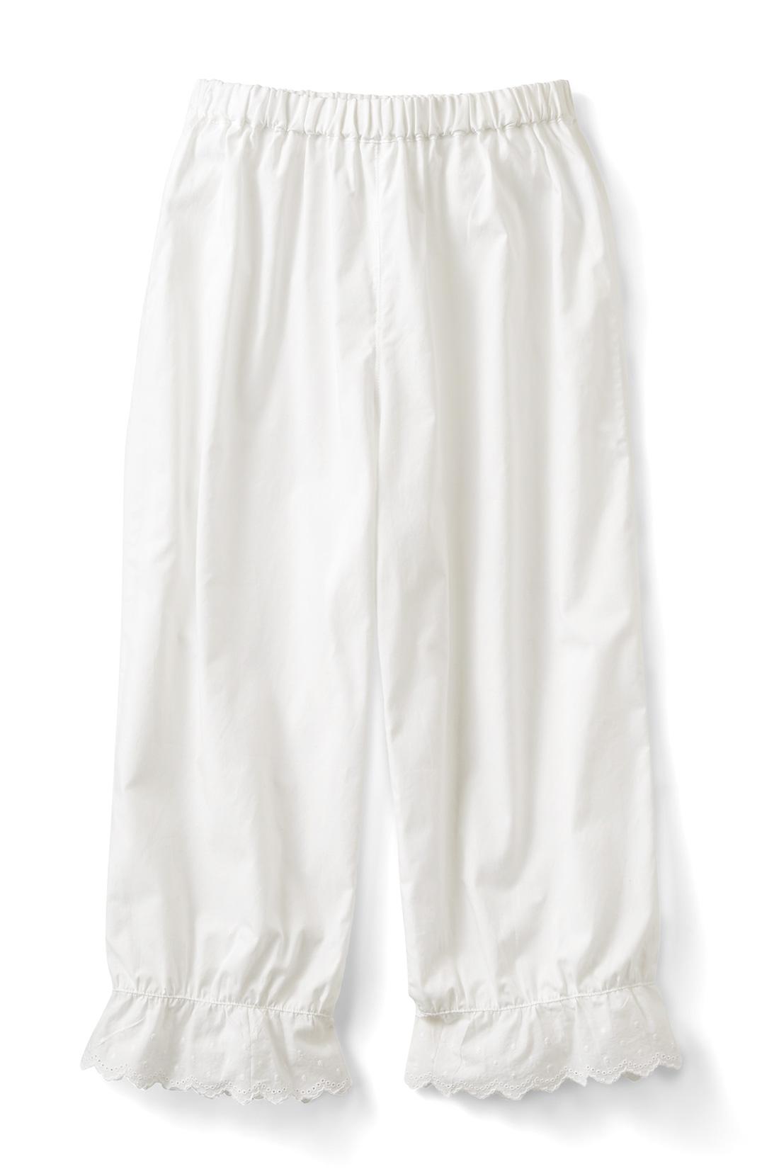 〈オフホワイト〉 ペチパンは、ワンピの透けや丈が短かった時のちょい足しにぴったり。