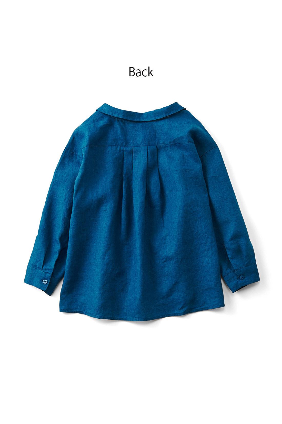 後ろだけ少し長くしてあるからパンツスタイルにも似合うんです。 ※お届けするカラーとは異なります。