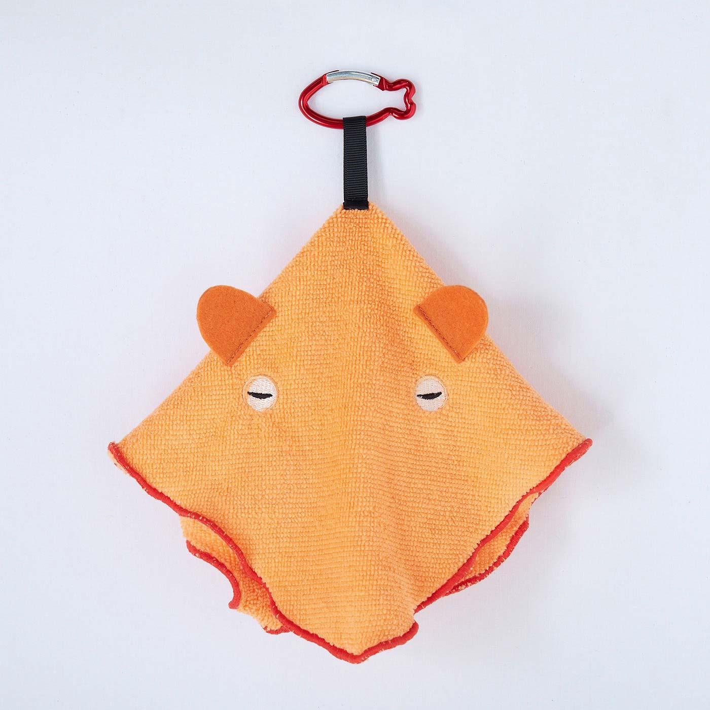 〈メンダコ〉みんな大好き! 深海で断トツの人気を誇るタコ。眠そうな目とオレンジ色のからだが特徴。