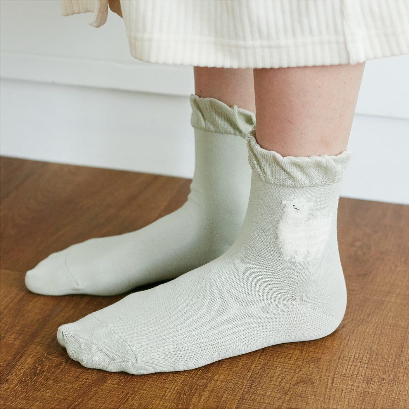 眠りにいざなう滑らかコットン 動物おやすみ靴下〈ひつじ〉