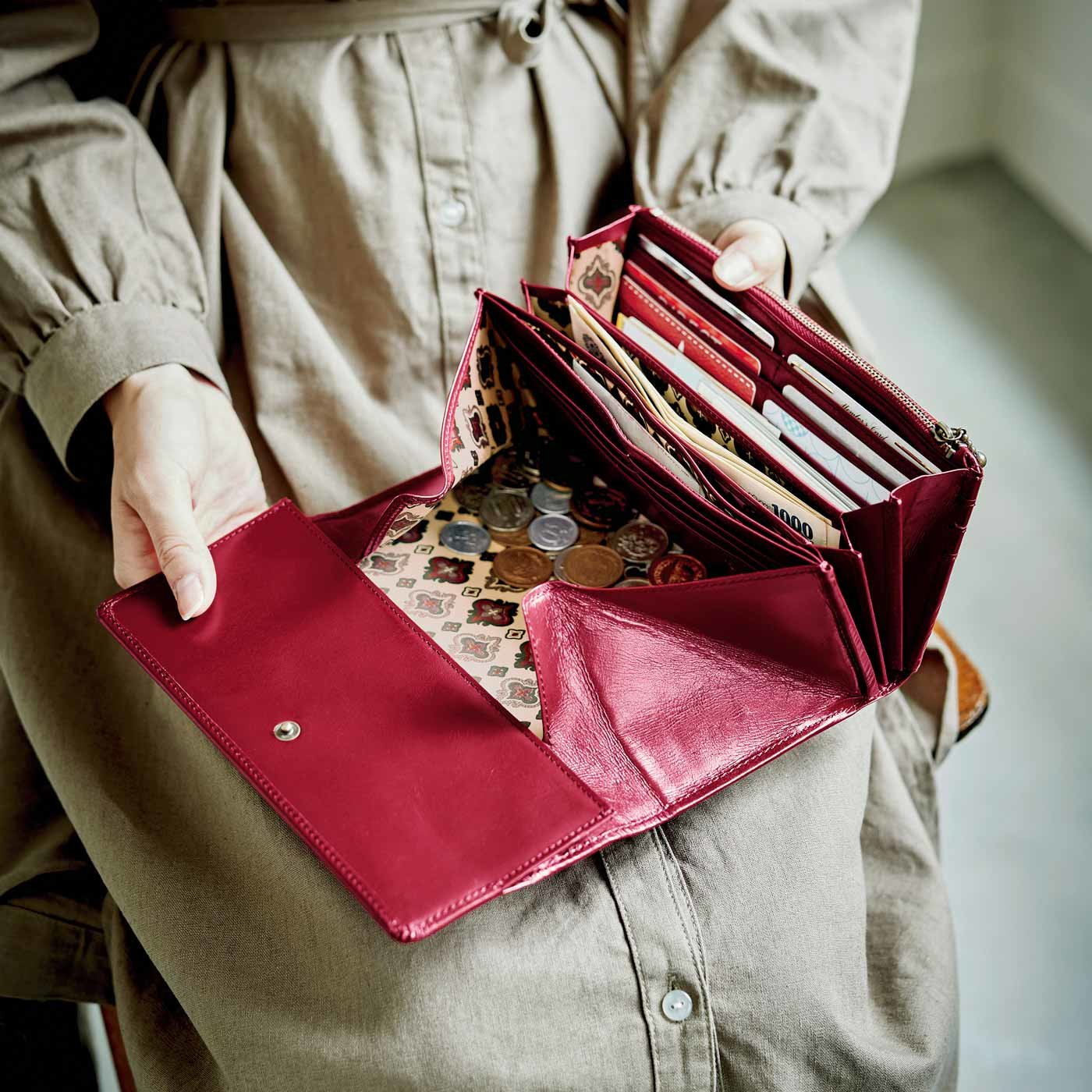 職人仕上げの馬革ギャルソン財布〈薔薇(ばら)色〉[本革 財布:日本製]