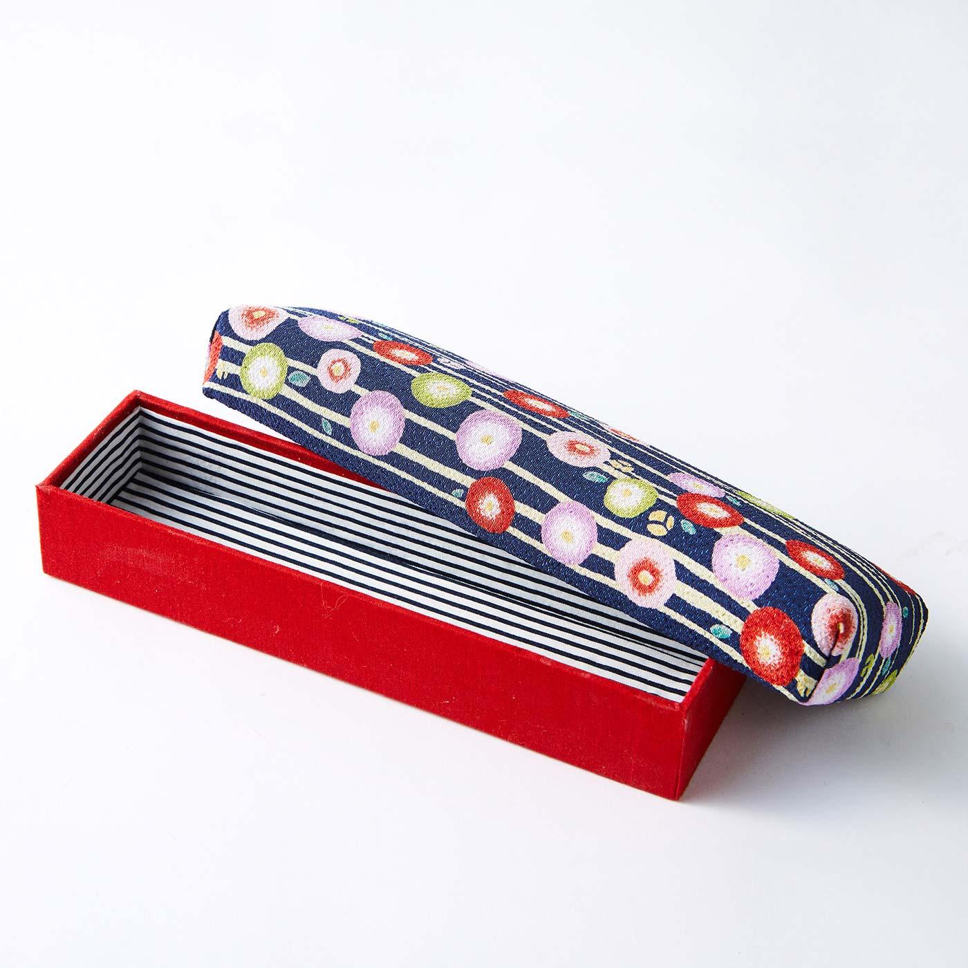 長箱(ペンケース) 縦約6.5cm、横約20.5cm、高さ約4cm