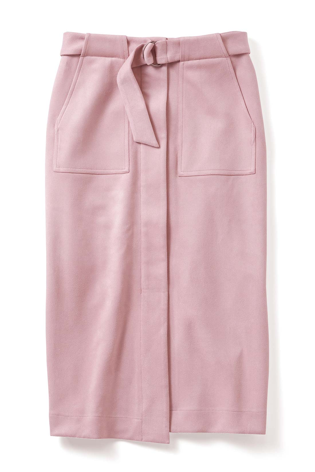ほんのりフェミニンな〈スモーキーピンク〉 旬のベイカーポケットデザインは、腰まわりのカモフラージュ効果も期待大。脚さばきのいいラップ風のスリットからのぞく素肌が女っぷりをアップ。