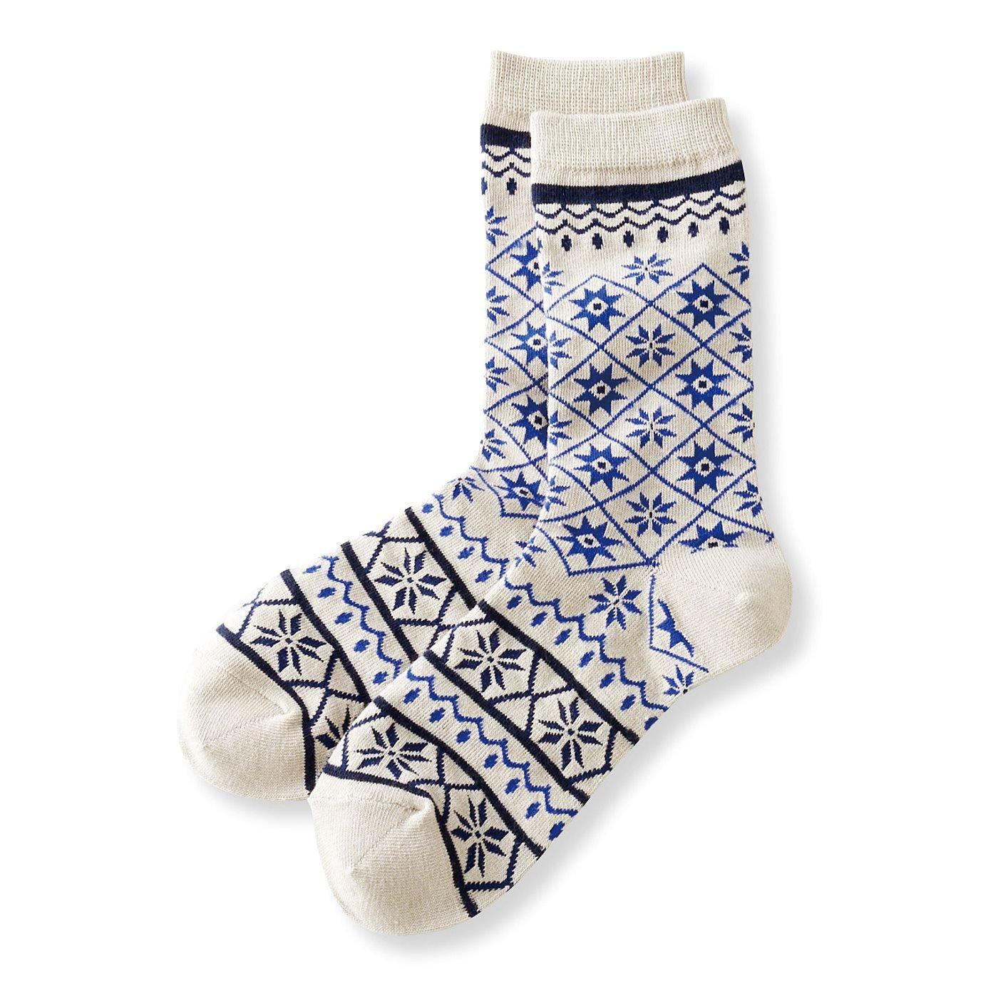 足もとから広がる世界 ネイティブパターン靴下