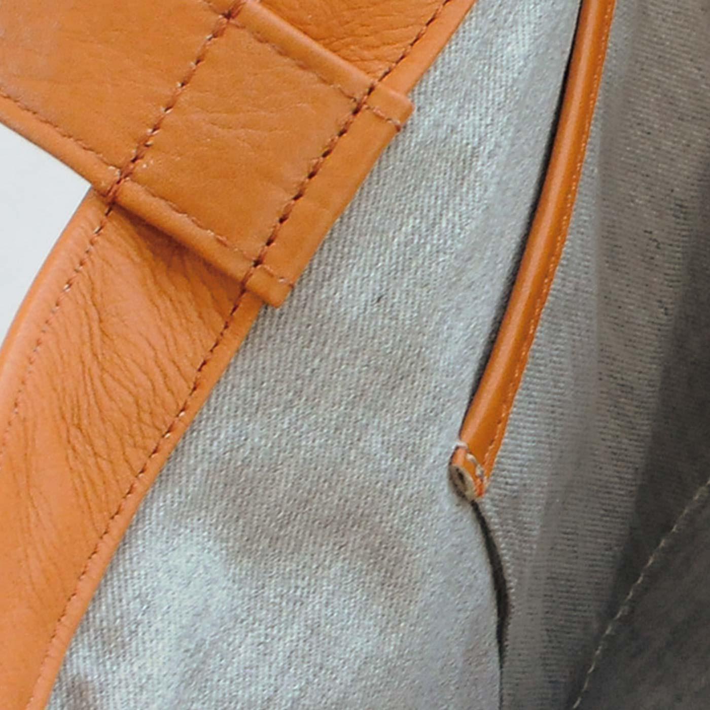 内生地は杢(もく)グレイの綿素材。