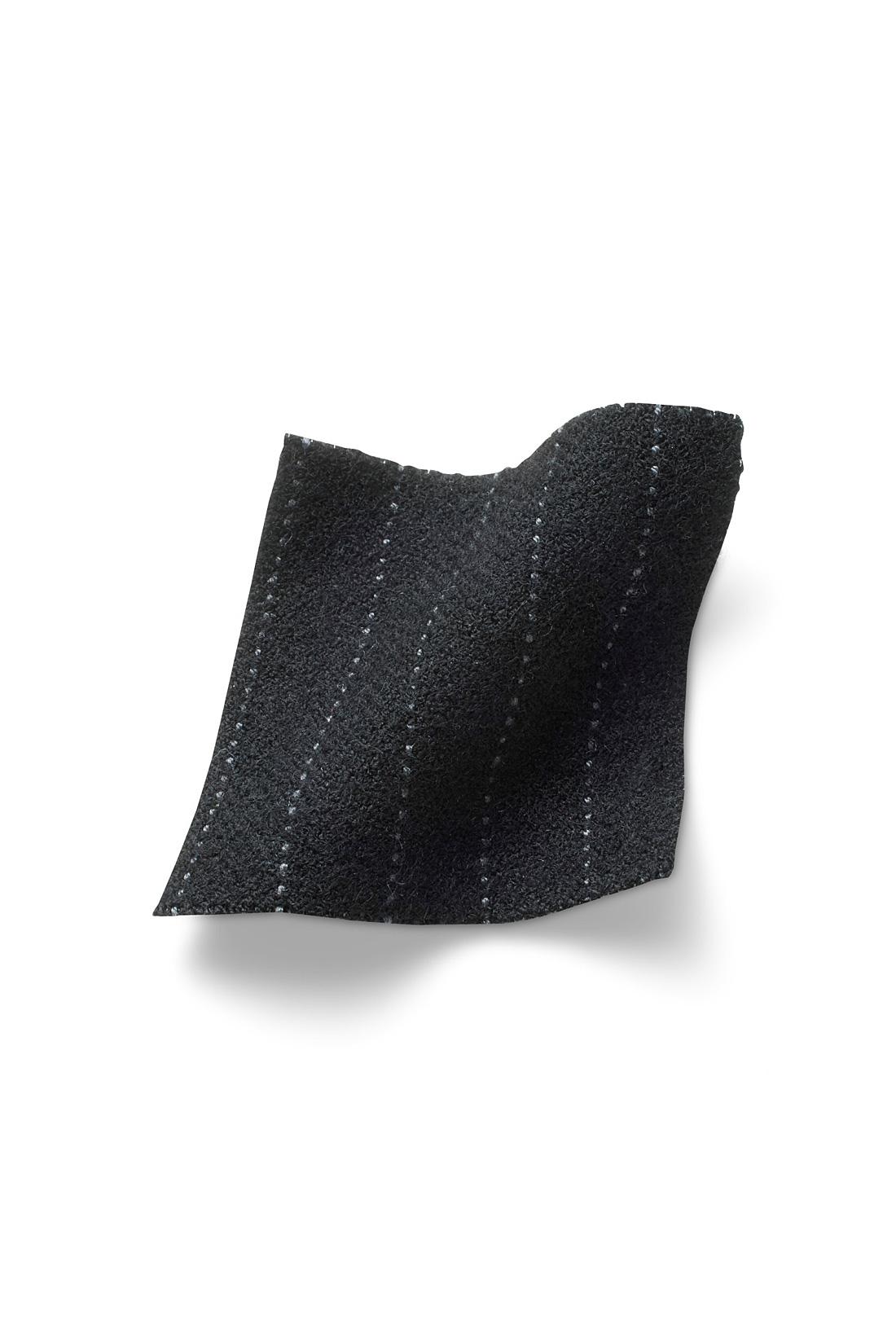 ふんわり裏起毛素材で暖か。