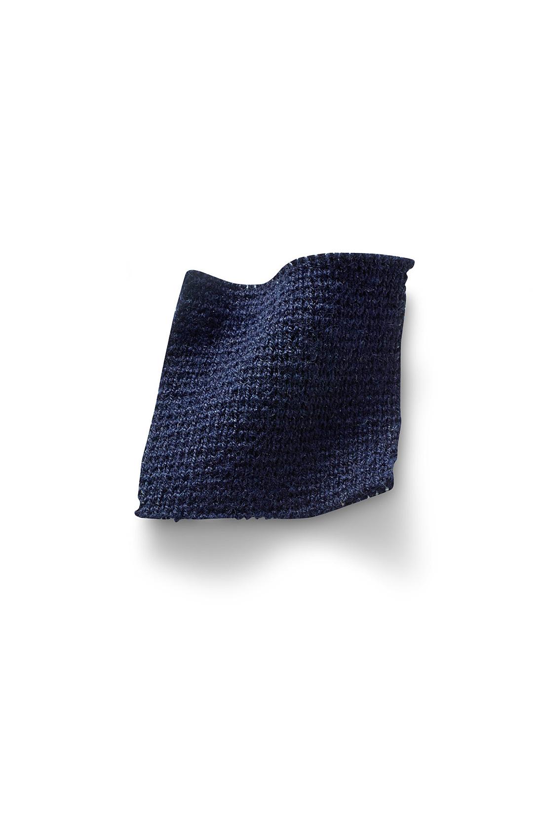 上品ミラノリブ編みできれいめ仕立て。