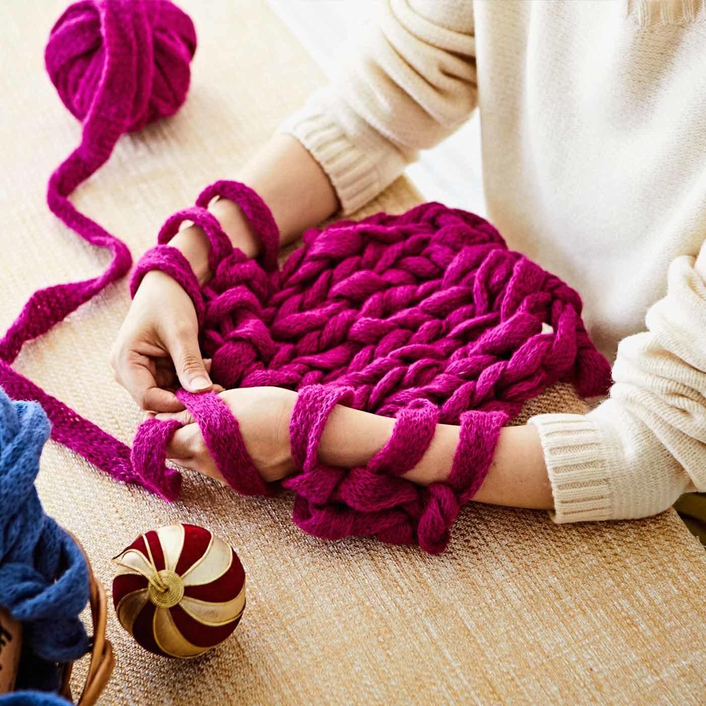 腕編み用極太ヤーンHANDY(ハンディ)  スヌードのレシピ付き