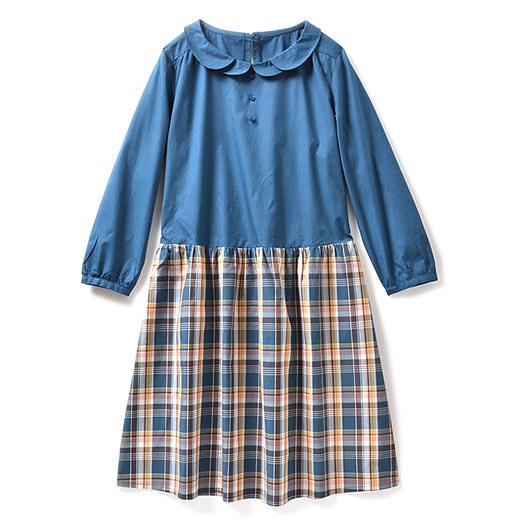 スカートとブラウスを着てるみたいに見える?