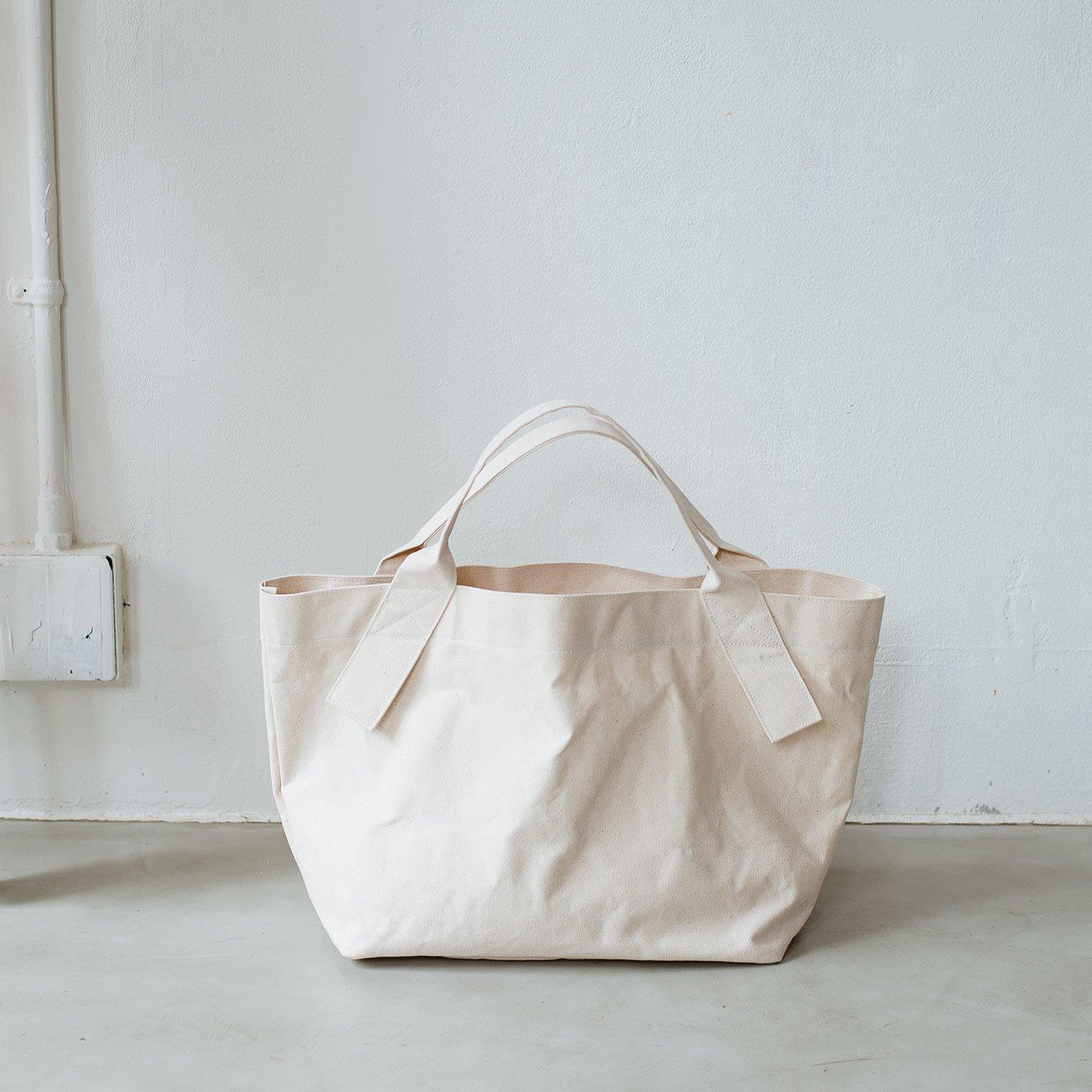 たっぷり入って永く使えるロウ引き倉敷帆布の未晒しトートバッグ