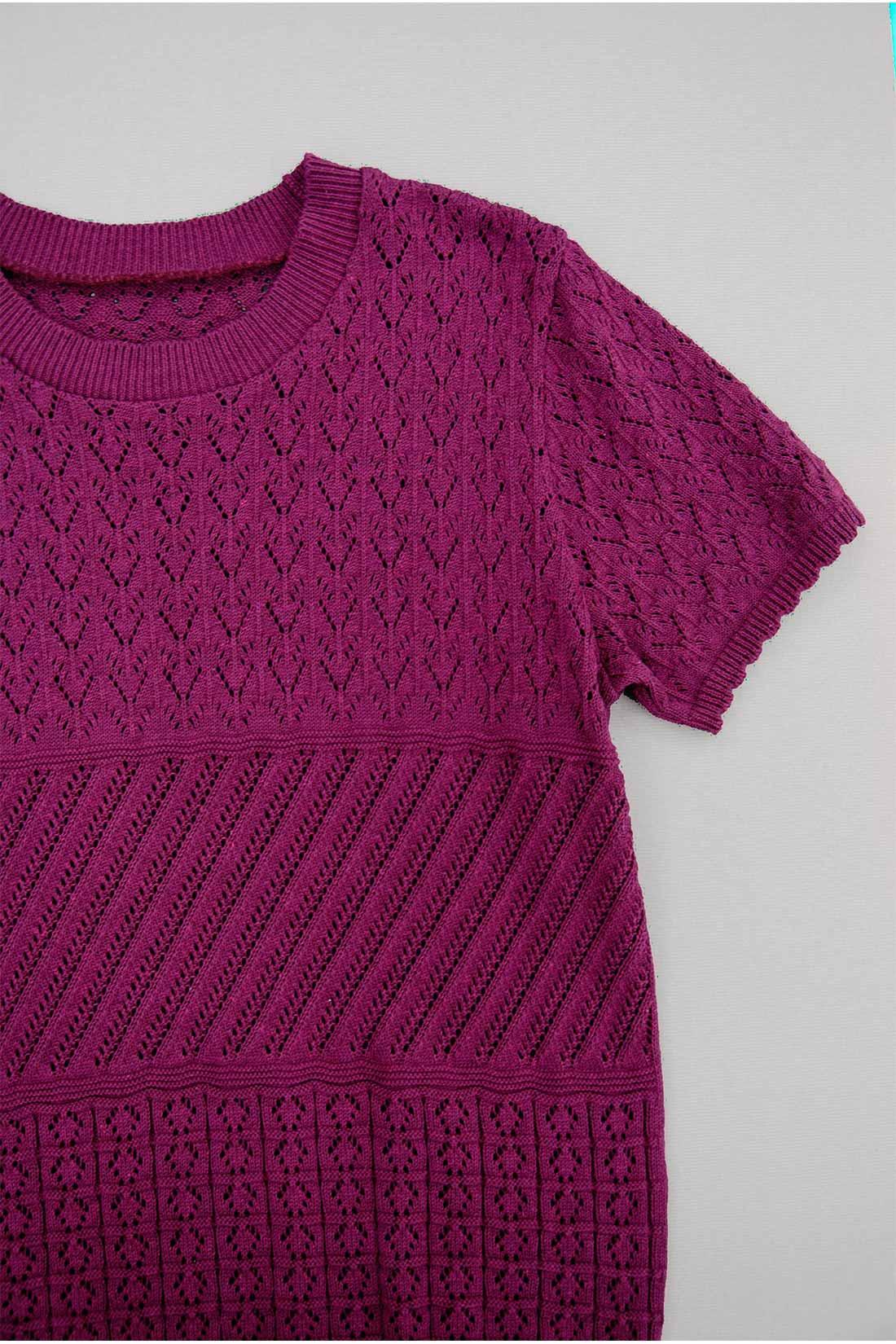 Tシャツ感覚の透かし編みニットトップス〈ラズベリー〉