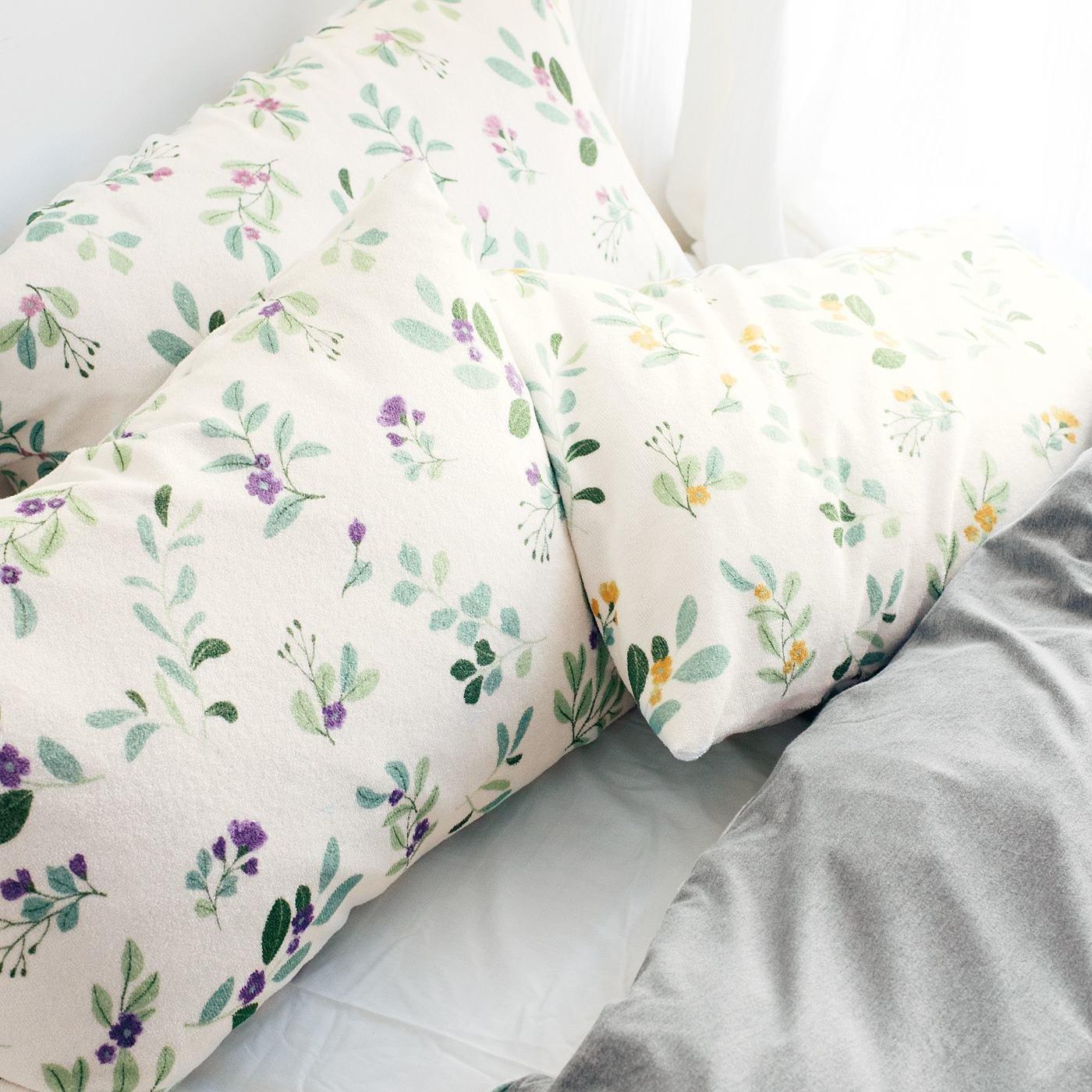 ほおずりが止まらない さらっとタッチで快眠仕立て パイル枕カバーの会
