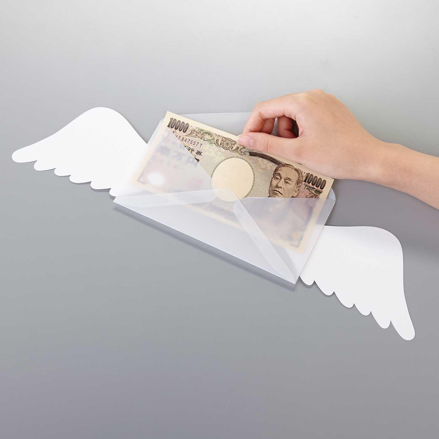 透けてなおかつハリのある、しっかりとした紙。