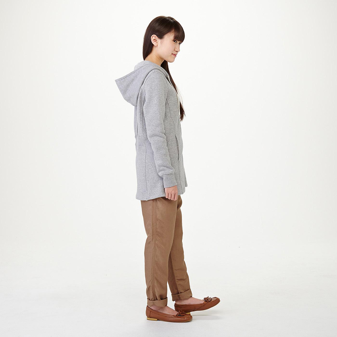 モデル身長約165cm 着用サイズM