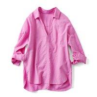 フェリシモ ミルブロウズ 抜け衿デザインでエフォートレスな着こなしがかなうコットンリネンカラーシャツ〈フューシャピンク〉
