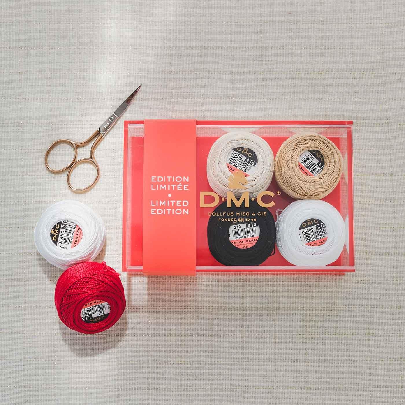 DMC クリアケース入り 8番糸コットンパール刺しゅう糸