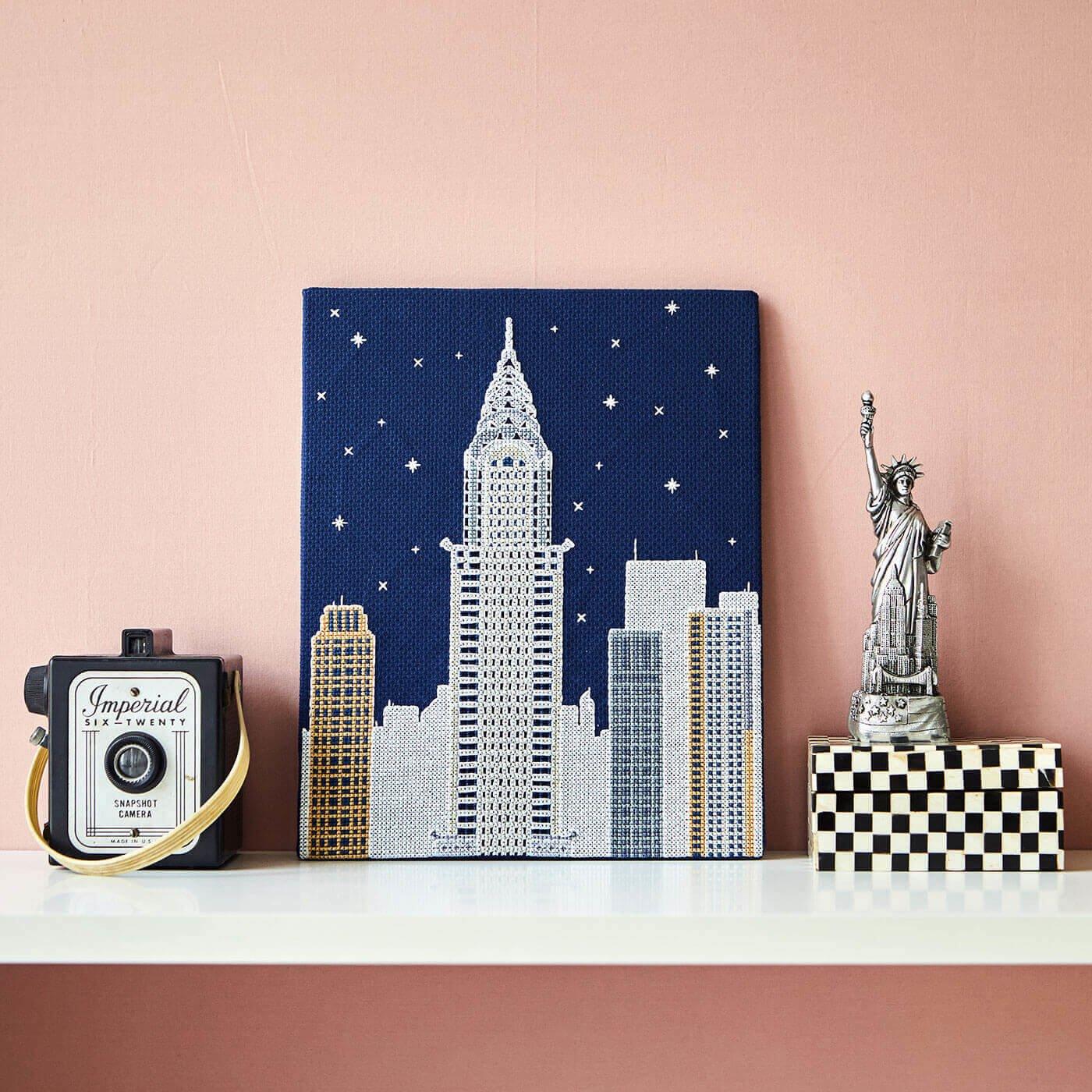 暗闇で光り輝く New York by Night クロスステッチキット