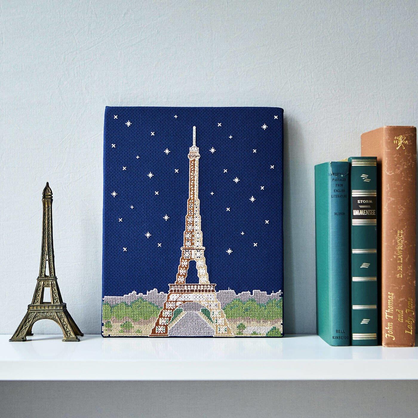 暗闇で光り輝く Paris by Night クロスステッチキット