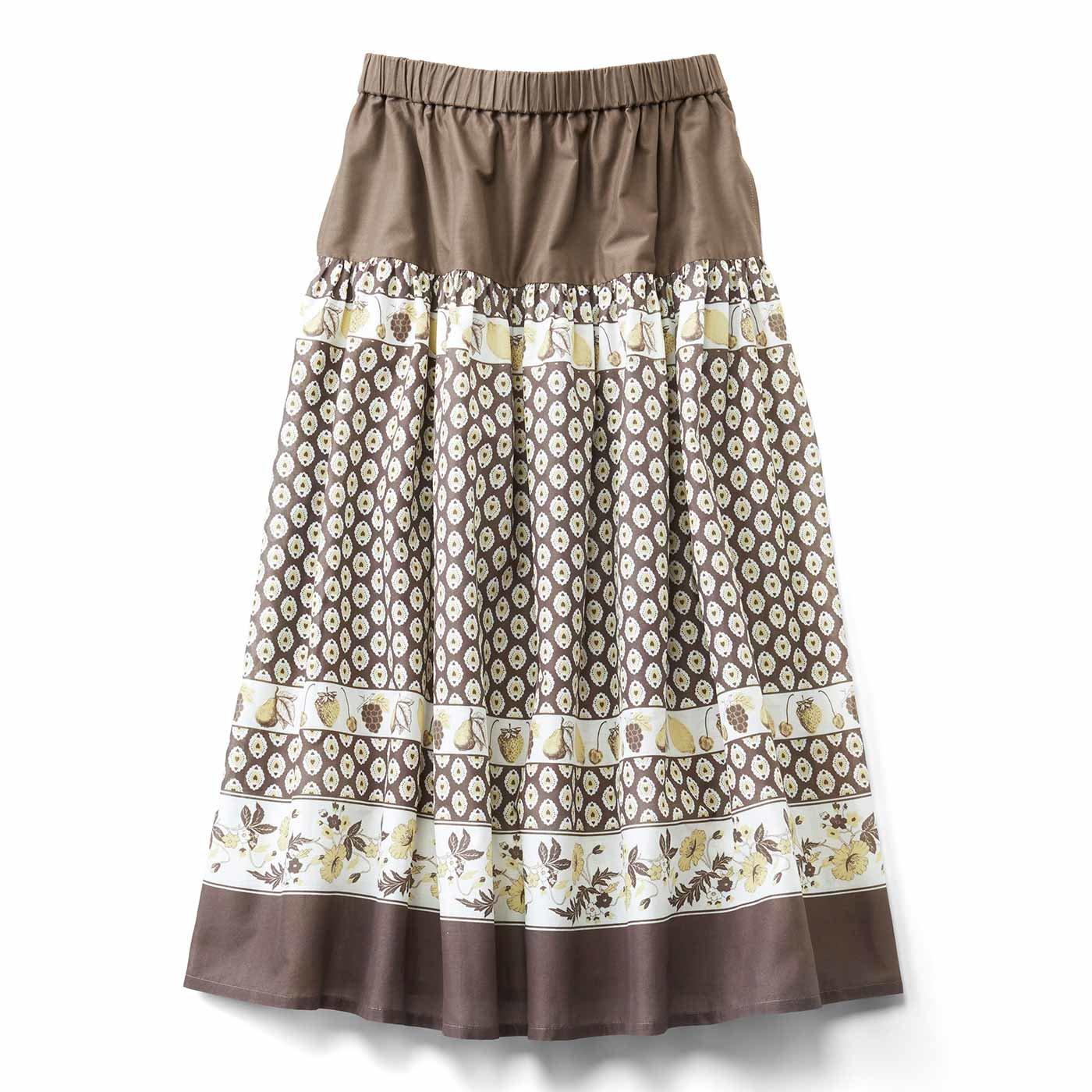 レトロかわいい フルーツ柄のパネルプリントスカート〈ココア〉