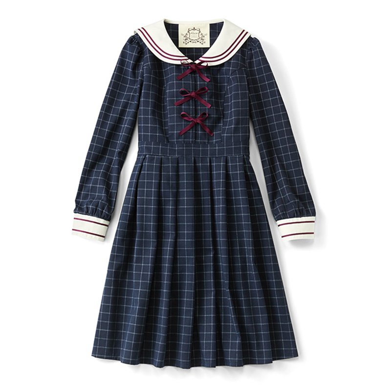 空想女学生の制服コスチューム 「坂の上にある公立学校」