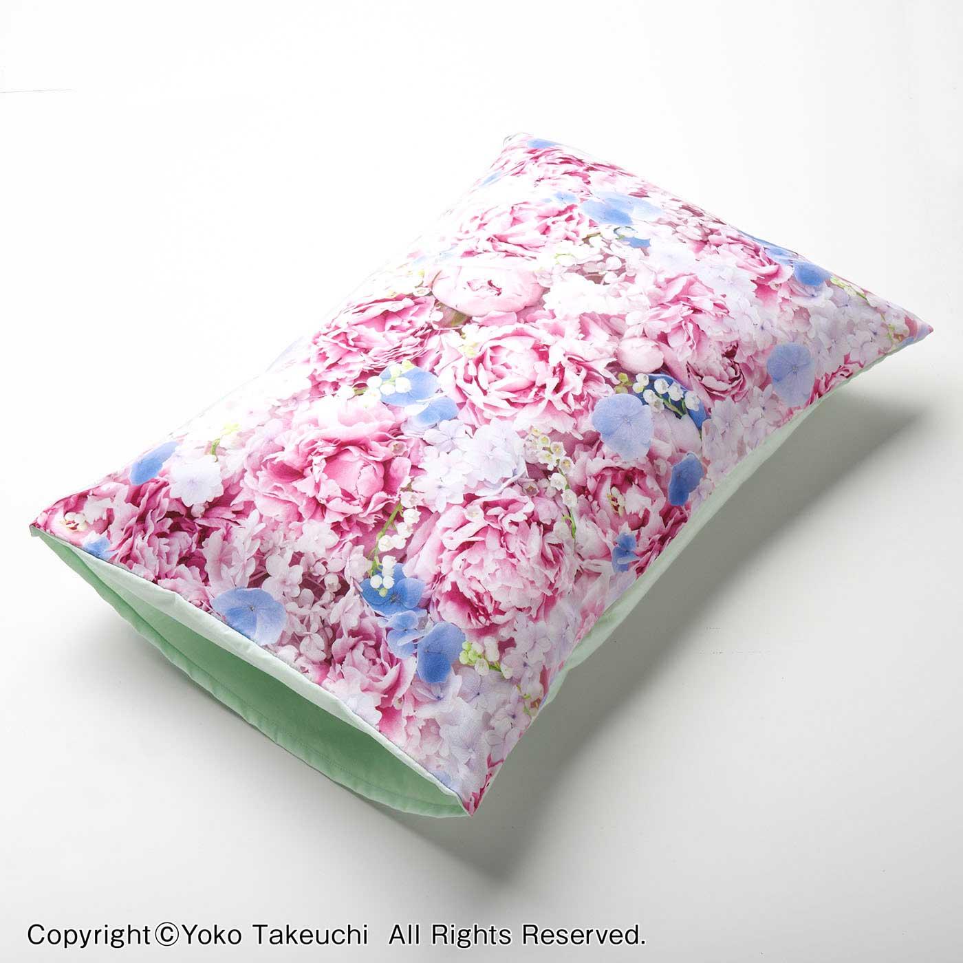 フェリシモ 花に包まれる リアルフラワープリントのピローカバー〈ピンク〉