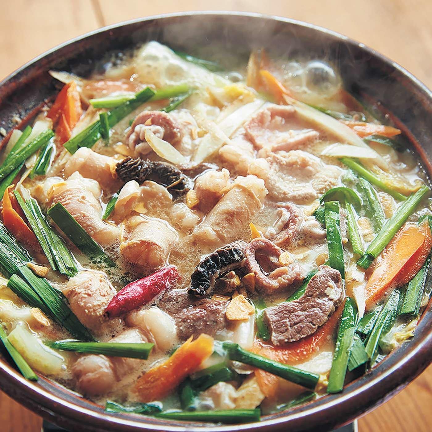 鳥取牛もつ鍋「塩牛骨スープ」セット