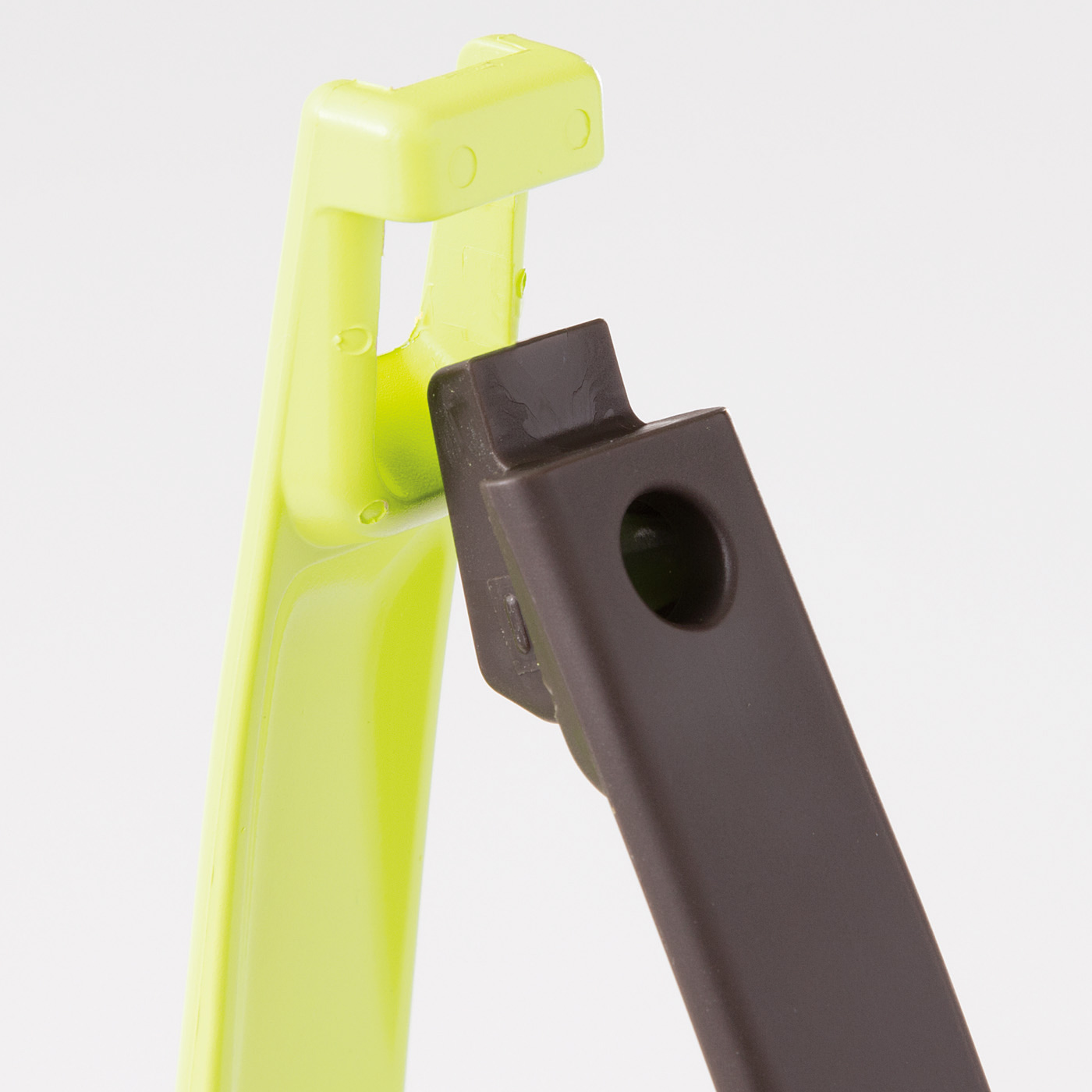 接続部ははめ込み式。調理中や洗うときにサッと分解できます。