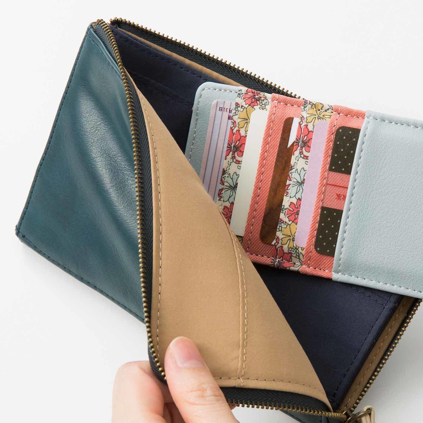 Squee! お財布美人の必需品 クリアポケット付き花柄インナーカードケースの会