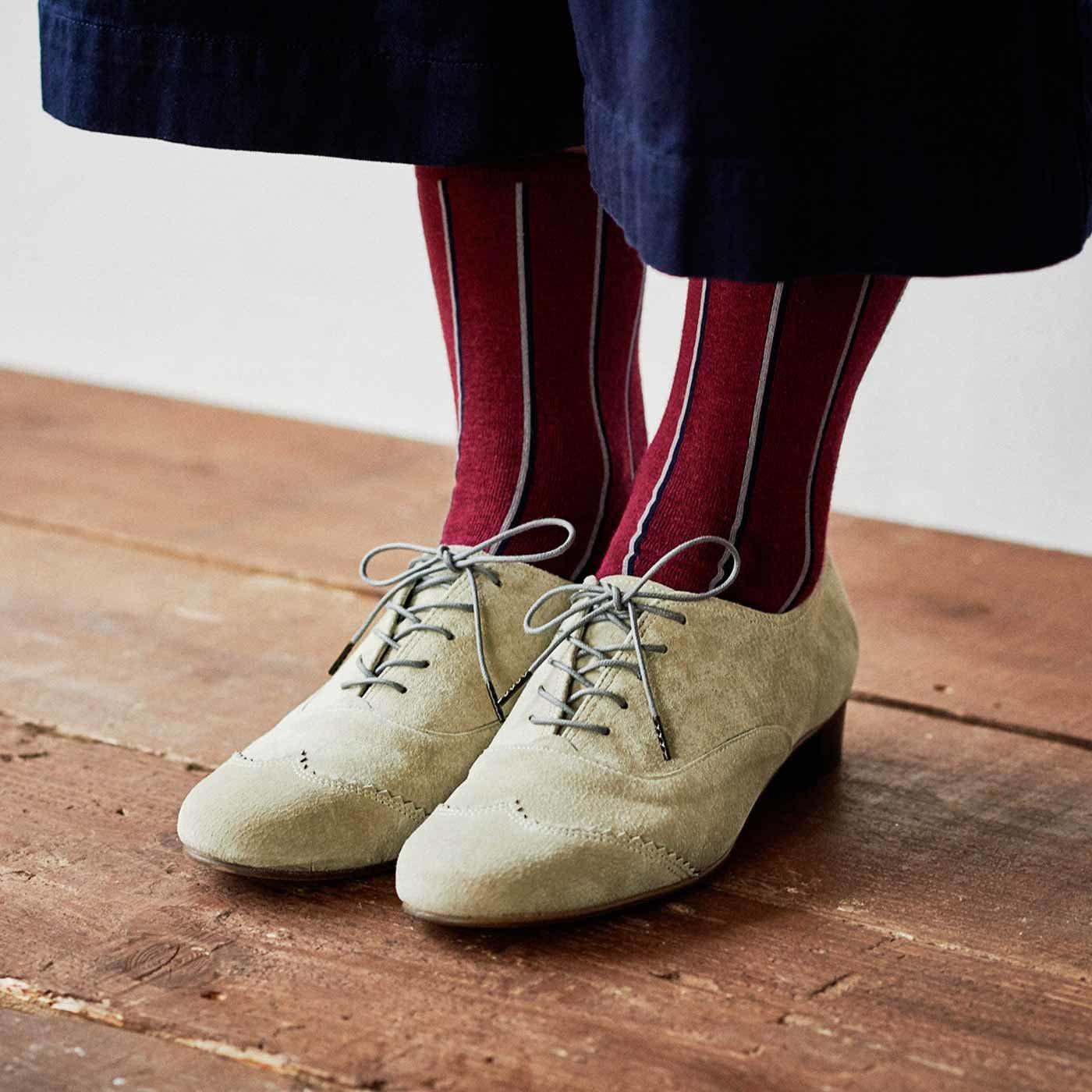 長田靴職人の本革仕立て シンプルレースアップ スエードシューズ〈エクリュ〉[本革 靴:日本製]