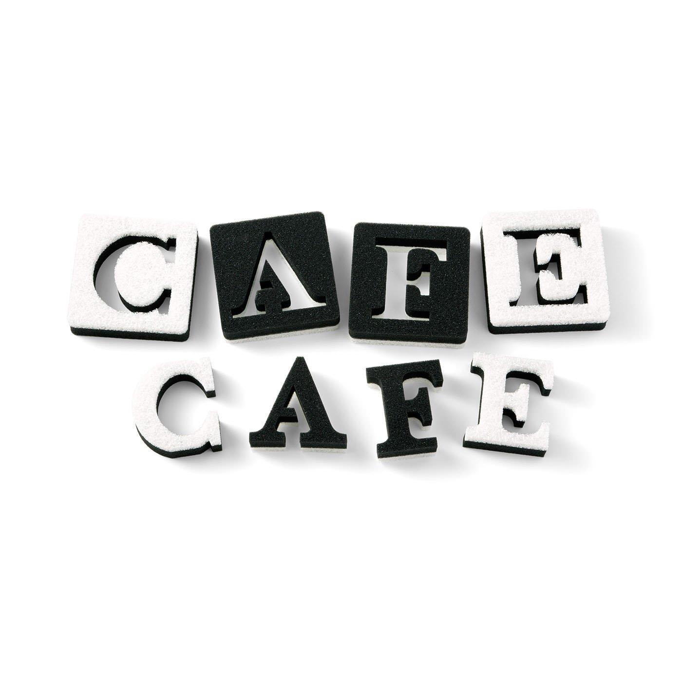 カフェ風キッチンで活躍 アルファベットスポンジ