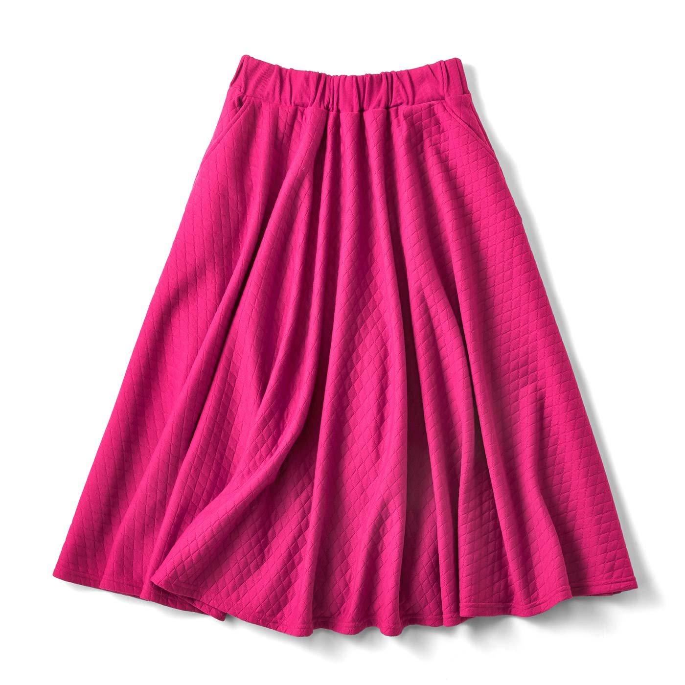 思わずくるっとしたくなる♪ キルティングサーキュラースカート〈ラズベリー〉