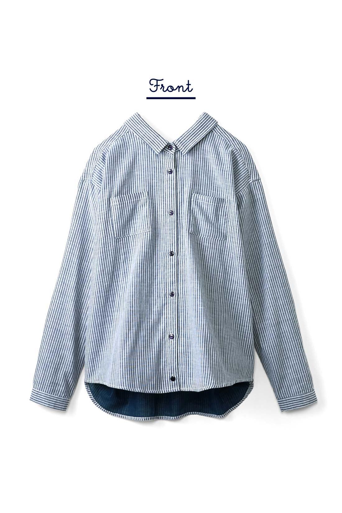 フロントは、胸ポケットが2つ付いてすっきりベーシックな印象。