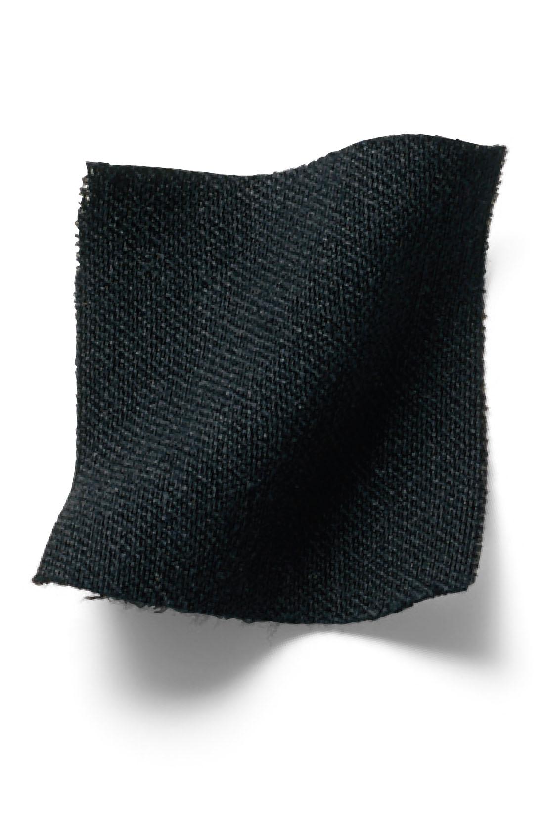 リブイン史上最軽量の軽やか素材だから春夏にぴったり。 ※お届けするカラーとは異なります。