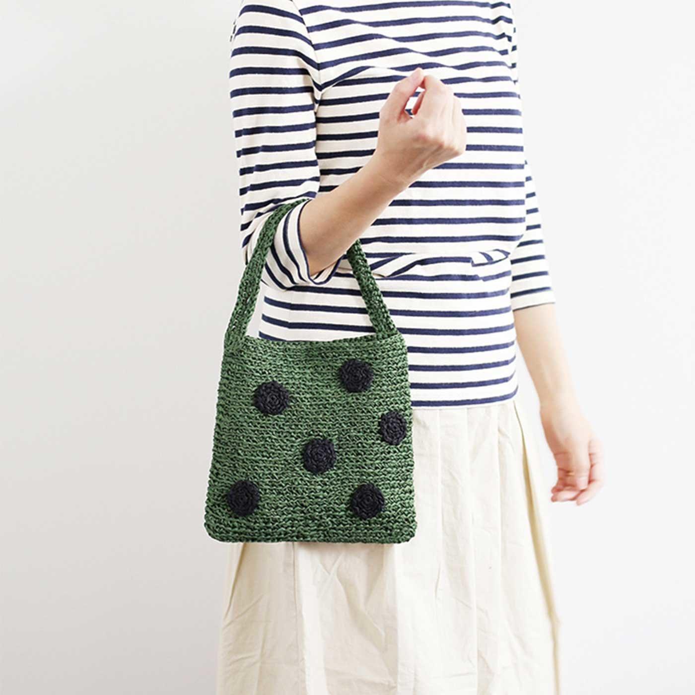水玉グリーンのバッグが編めるGIMA糸とミニブック「PatternsNote」