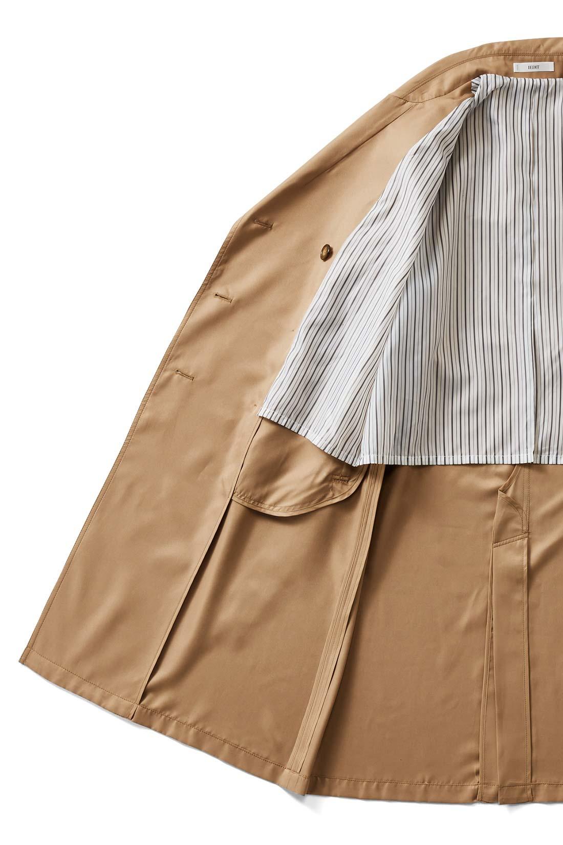 洗練感の差は、丁寧な仕立てにあり。 インがもたつかない、背裏+袖裏付き。縫い目はパイピング始末で丁寧な仕立て。