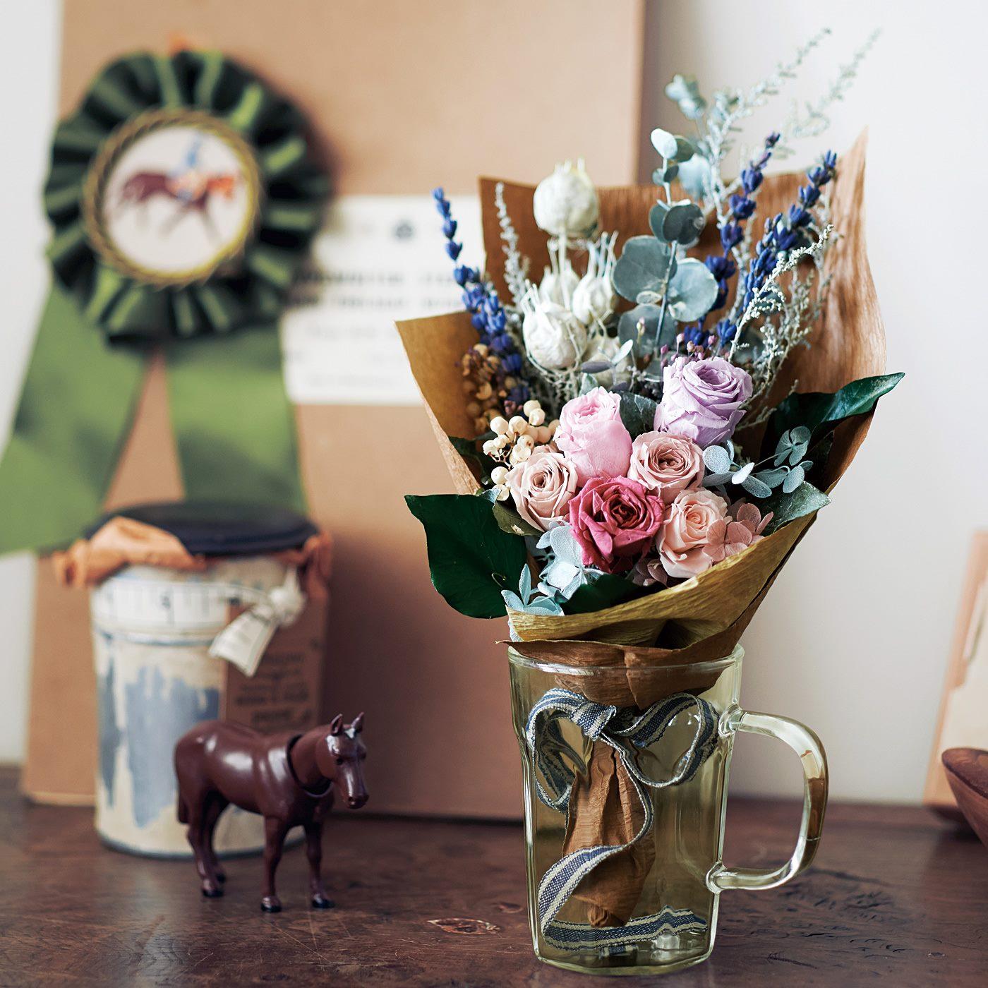 お花のプロがアレンジしたこだわりのサイズや色合いは、どんな空間にもなじみます。