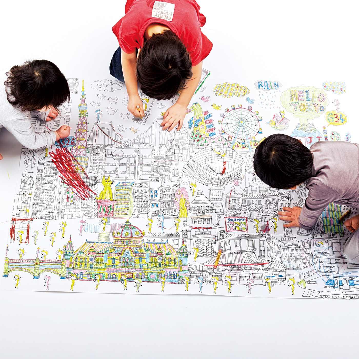 A0サイズ(119×84cm)の巨大サイズのキャンバスは、ぬりごたえたっぷり。完成したぬり絵は飾って楽しめます。