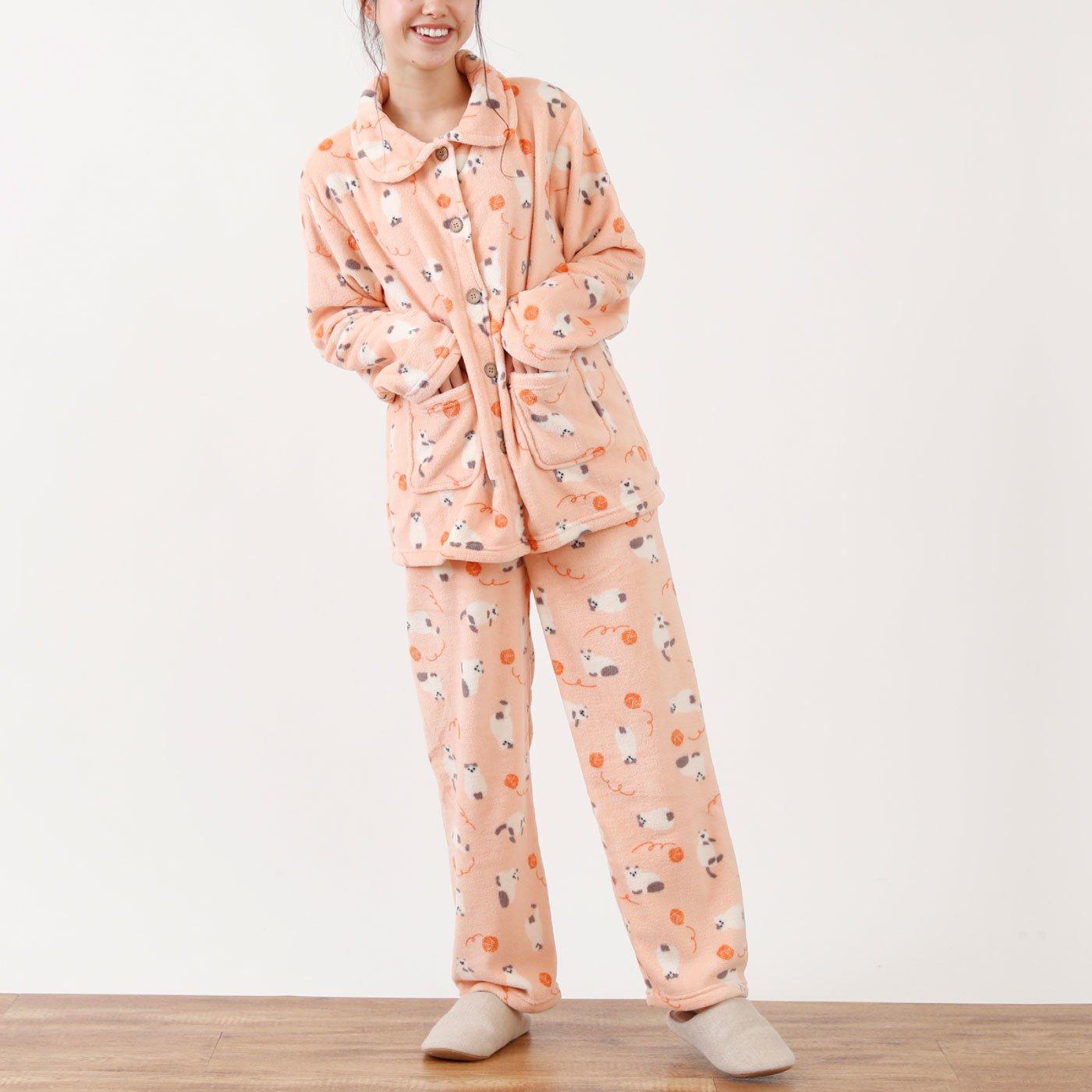 ふんわりあったか ネコ柄パジャマ