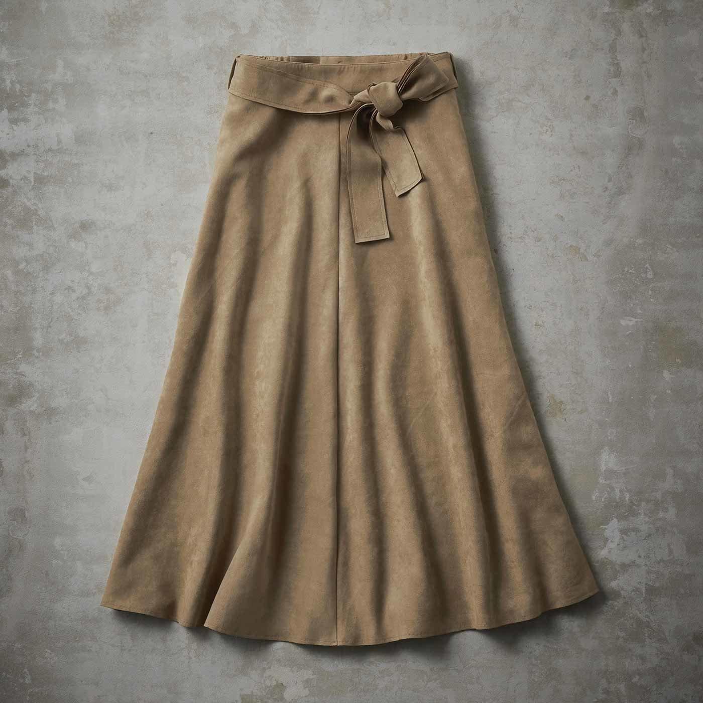 【3~10日でお届け】IEDIT[イディット] 肉厚カットソースエードのフレアーロングスカート〈ベージュ〉