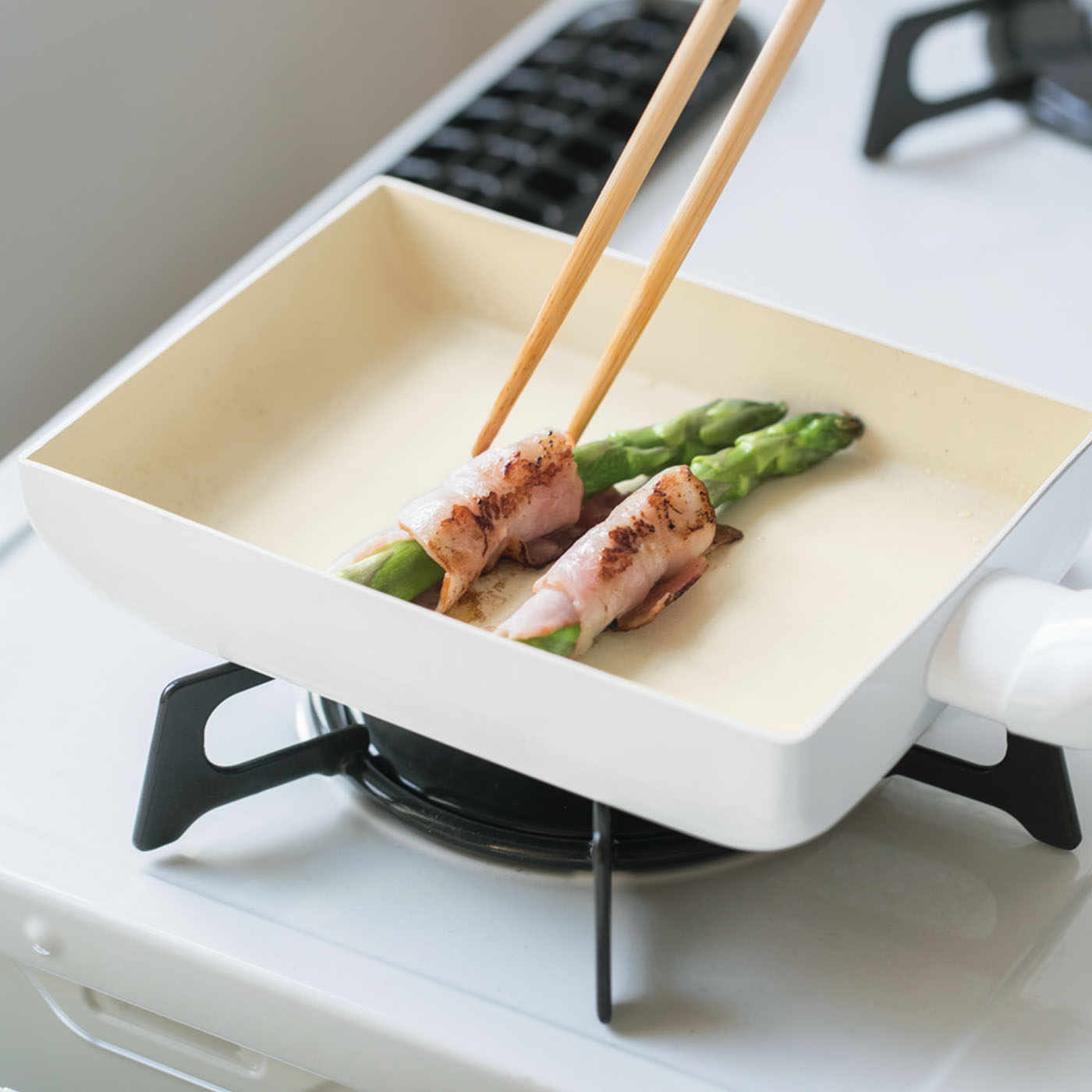 お弁当のおかずなど、ちょっとだけの調理にも便利。