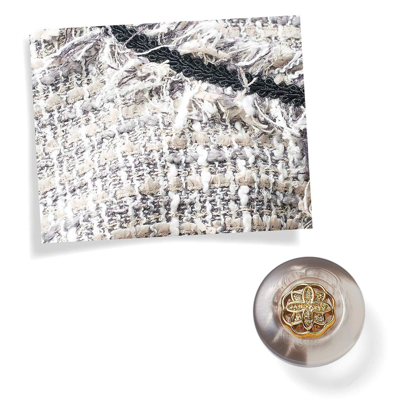 グレイ系のカラー糸をミックスすることで、上品に女らしさと華やぎがアップ。