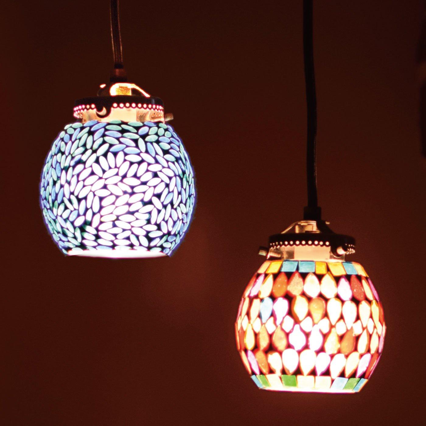 お部屋をエキゾチックに灯す モザイクハンギングランプ〈サークル〉
